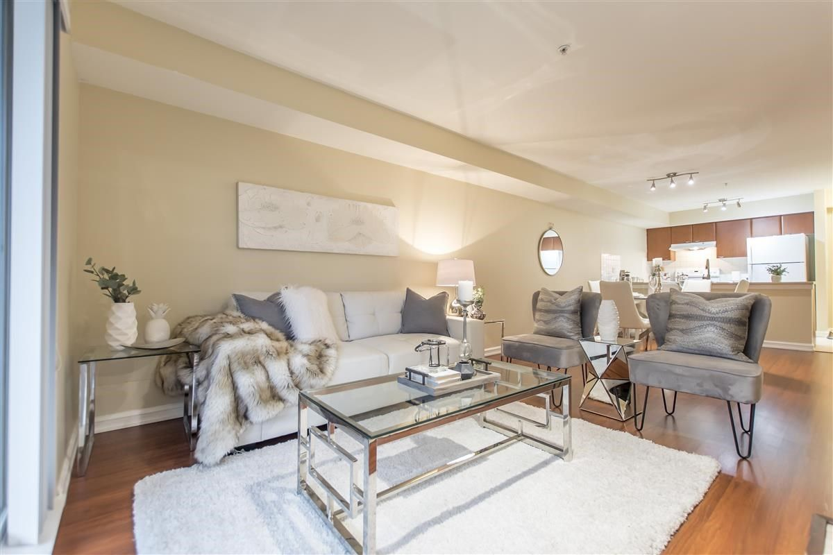 """Photo 7: Photos: 312 10088 148 Street in Surrey: Guildford Condo for sale in """"GUILDFORD PARK PLACE"""" (North Surrey)  : MLS®# R2526530"""