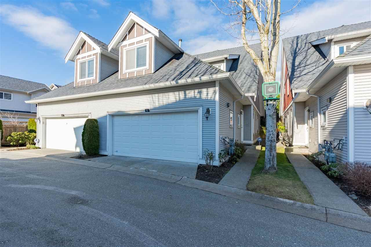 """Main Photo: 30 19977 71 Avenue in Langley: Willoughby Heights Townhouse for sale in """"Sandhill Village"""" : MLS®# R2532816"""