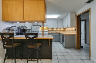 Photo 35: 2304 54 Avenue SW in Calgary: North Glenmore Park Detached for sale : MLS®# A1102878