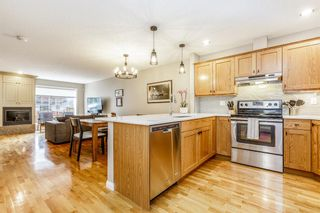 Photo 4: 1 308 14 Avenue NE in Calgary: Crescent Heights Row/Townhouse for sale : MLS®# A1101597