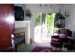 Photo 5: 10 3633 Cedar Hill Rd in VICTORIA: SE Cedar Hill Row/Townhouse for sale (Saanich East)  : MLS®# 315816