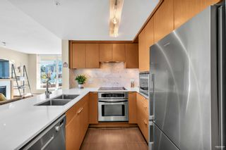 """Photo 15: 702 158 W 13TH Street in North Vancouver: Central Lonsdale Condo for sale in """"Vista Place"""" : MLS®# R2621703"""