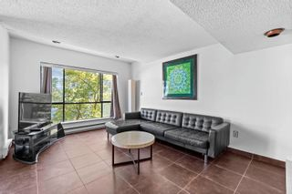 """Photo 4: 204 2195 W 40TH Avenue in Vancouver: Kerrisdale Townhouse for sale in """"THE DIPLOMAT IN KERRISDALE"""" (Vancouver West)  : MLS®# R2618112"""