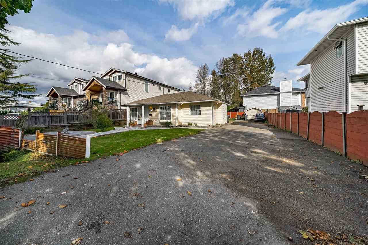 Photo 5: Photos: 309 JOHNSTON Street in New Westminster: Queensborough House for sale : MLS®# R2508021