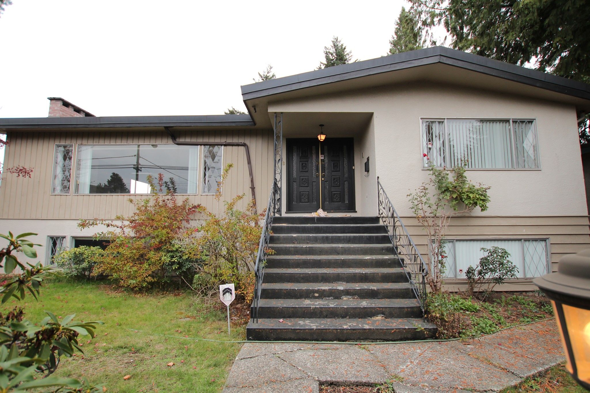Main Photo:  in : Vancouver West Condo for rent : MLS®# AR061B