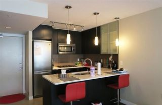 Photo 1: 506 7328 ARCOLA STREET in Burnaby: Highgate Condo for sale (Burnaby South)  : MLS®# R2055867
