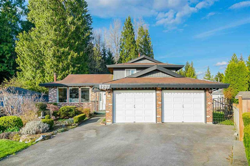 FEATURED LISTING: 1233 ORIOLE Place Port Coquitlam