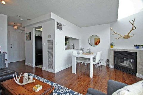 Photo 11: Photos: 30 222 The Esplanade in Toronto: Waterfront Communities C8 Condo for sale (Toronto C08)  : MLS®# C2926116