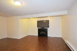 """Photo 17: 5808 MAYVIEW Circle in Burnaby: Burnaby Lake Townhouse for sale in """"ONE ARBOUR LANE"""" (Burnaby South)  : MLS®# R2193982"""