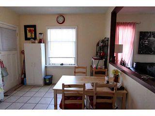 Photo 6: 140 27 Avenue NE in CALGARY: Tuxedo Residential Detached Single Family for sale (Calgary)  : MLS®# C3603482