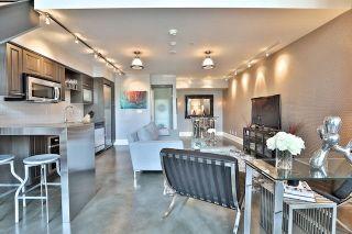 Photo 2: 25 Lourdes Lane Unit #8 in Toronto: North St. James Town Condo for sale (Toronto C08)  : MLS®# C3939601