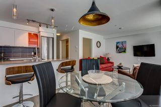 Photo 3: 317 517 Fisgard St in : Vi Downtown Condo for sale (Victoria)  : MLS®# 866508