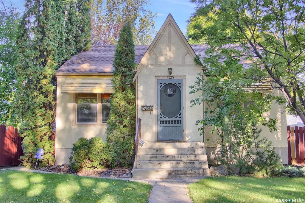 Main Photo: 3125 Athol Street in Regina: Lakeview RG Residential for sale : MLS®# SK870674