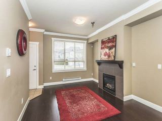 """Photo 2: 52 19560 68 Avenue in Surrey: Clayton Townhouse for sale in """"Solano"""" (Cloverdale)  : MLS®# R2139361"""