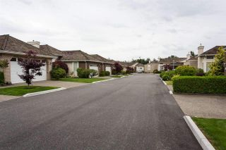 """Photo 17: 14 31450 SPUR Avenue in Abbotsford: Abbotsford West Townhouse for sale in """"LakePointe Villas"""" : MLS®# R2502177"""