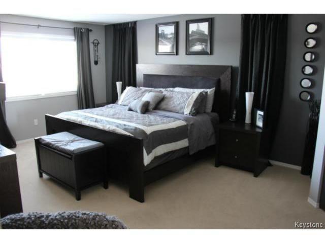 Photo 12: Photos: 100 Harding Crescent in WINNIPEG: St Vital Residential for sale (South East Winnipeg)  : MLS®# 1403083