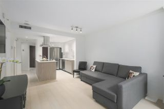 """Photo 6: 402 1050 BURRARD Street in Vancouver: Downtown VW Condo for sale in """"WALL CENTRE"""" (Vancouver West)  : MLS®# R2362675"""