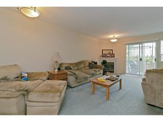 """Photo 6: 15 19252 119 Avenue in Pitt Meadows: Central Meadows Townhouse for sale in """"Willow Park 3"""" : MLS®# R2584640"""