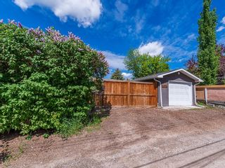 Photo 29: 2012 CROCUS Road NW in Calgary: Charleswood Detached for sale : MLS®# C4253746