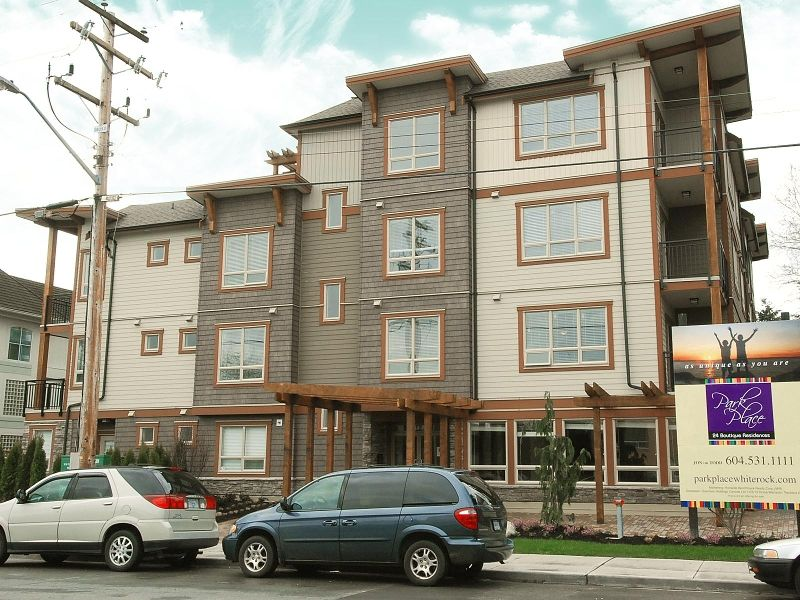Photo 1: Photos: 300 - 15268 18th Ave in Surrey: King George Corridor Condo for sale (South Surrey White Rock)  : MLS®# F2900237