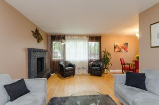 Photo 3: 865 Borebank Street in Winnipeg: River Heights South Single Family Detached for sale (1D)  : MLS®# 1627577