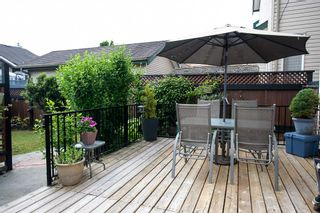 """Photo 13: 8688 207 Street in Langley: Walnut Grove House for sale in """"Discovery Towne"""" : MLS®# R2077292"""