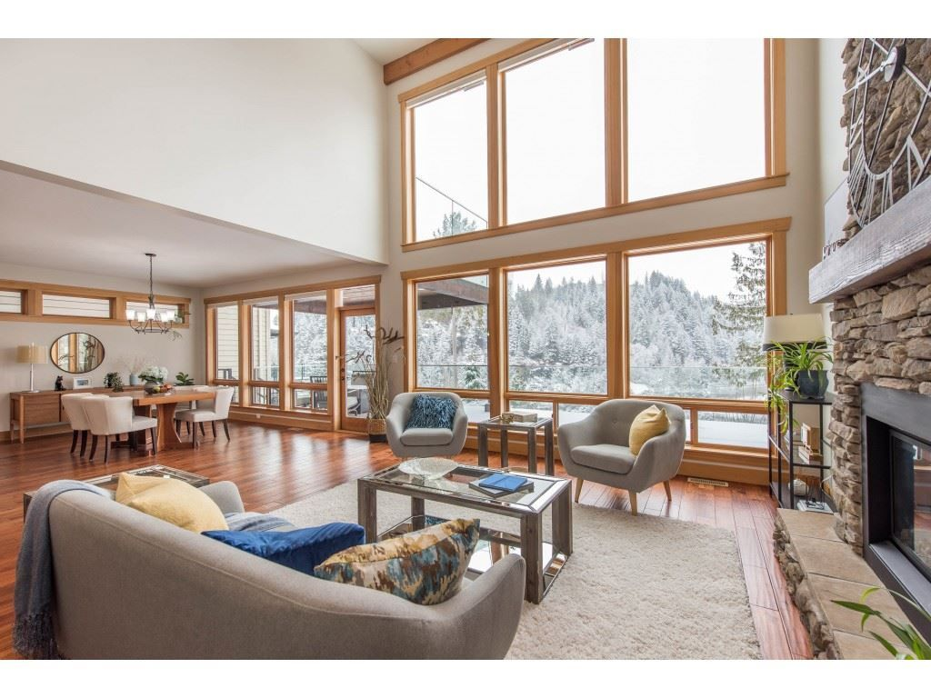 """Photo 7: Photos: 115 45473 ARIEL Place: Cultus Lake House for sale in """"Riverstone Heights"""" : MLS®# R2539139"""