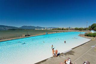 "Photo 18: 105 2335 YORK Avenue in Vancouver: Kitsilano Condo for sale in ""YORKDALE VILLA"" (Vancouver West)  : MLS®# R2215040"