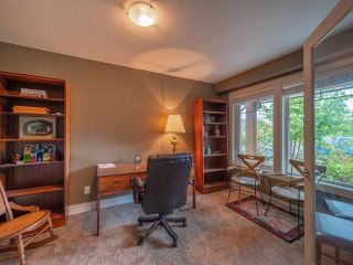 "Photo 9: 4995 BAY Road in Sechelt: Sechelt District House for sale in ""Davis Bay"" (Sunshine Coast)  : MLS®# R2304196"