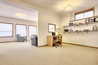 Photo 28: 10379 Rockyledge Street NW in Calgary: Rocky Ridge Detached for sale : MLS®# A1060914