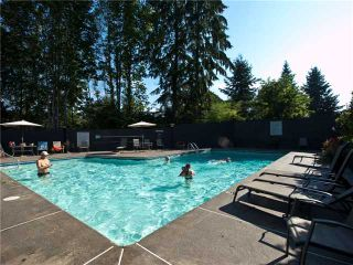 "Photo 4: 306 4001 MT SEYMOUR Parkway in North Vancouver: Dollarton Townhouse for sale in ""THE MAPLES"" : MLS®# V860063"
