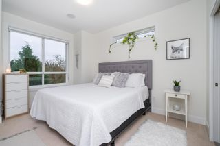 """Photo 26: 10 1670 160 Street in Surrey: King George Corridor Townhouse for sale in """"Isola"""" (South Surrey White Rock)  : MLS®# R2624791"""