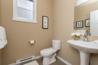 """Photo 10: 55 6123 138 Street in Surrey: Sullivan Station Townhouse for sale in """"PANORAMA WOODS"""" : MLS®# R2430750"""