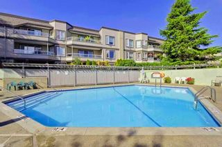 """Photo 10: 309 1850 E SOUTHMERE Crescent in Surrey: Sunnyside Park Surrey Condo for sale in """"Southmere Place"""" (South Surrey White Rock)  : MLS®# R2531604"""