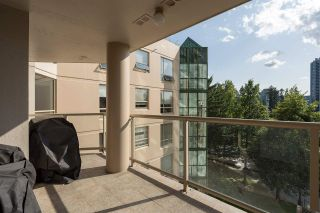 """Photo 17: 605 1189 EASTWOOD Street in Coquitlam: North Coquitlam Condo for sale in """"THE CARTIER"""" : MLS®# R2392375"""