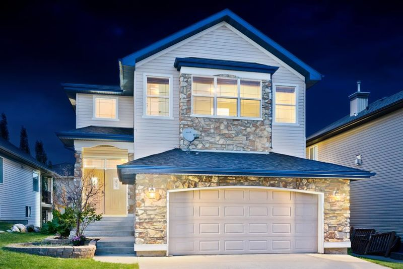 FEATURED LISTING: 323 KINCORA Heights Northwest Calgary
