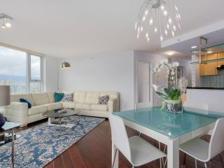 Photo 11: 3002 583 BEACH CRESCENT in Vancouver: Yaletown Condo for sale (Vancouver West)  : MLS®# R2043293