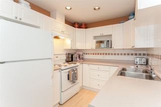 """Photo 8: 41 15450 101A Avenue in Surrey: Guildford Townhouse for sale in """"CANTERBURY"""" (North Surrey)  : MLS®# R2149046"""