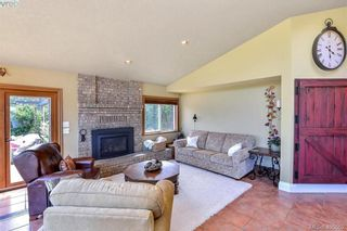 Photo 13: 1716 Woodsend Dr in VICTORIA: SW Granville House for sale (Saanich West)  : MLS®# 805881
