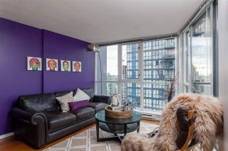 """Photo 4: 2508 1155 SEYMOUR Street in Vancouver: Downtown VW Condo for sale in """"BRAVA"""" (Vancouver West)  : MLS®# R2120321"""