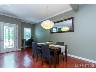 Photo 10: 107 7088 West Saanich Rd in BRENTWOOD BAY: CS Brentwood Bay Row/Townhouse for sale (Central Saanich)  : MLS®# 761340