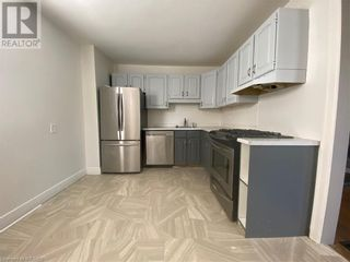 Photo 2: 110 LINCOLN Place in London: Multi-family for sale : MLS®# 40155336