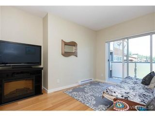 Photo 3: 307 611 Brookside Rd in VICTORIA: Co Latoria Condo for sale (Colwood)  : MLS®# 733632