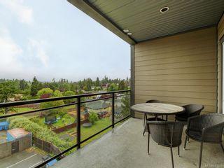 Photo 3: 401 1008 Tillicum Rd in Esquimalt: Es Kinsmen Park Condo for sale : MLS®# 841521