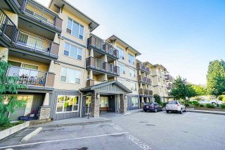 "Photo 3: 320 2565 CAMPBELL Avenue in Abbotsford: Central Abbotsford Condo for sale in ""ABACUS UPTOWN"" : MLS®# R2492923"