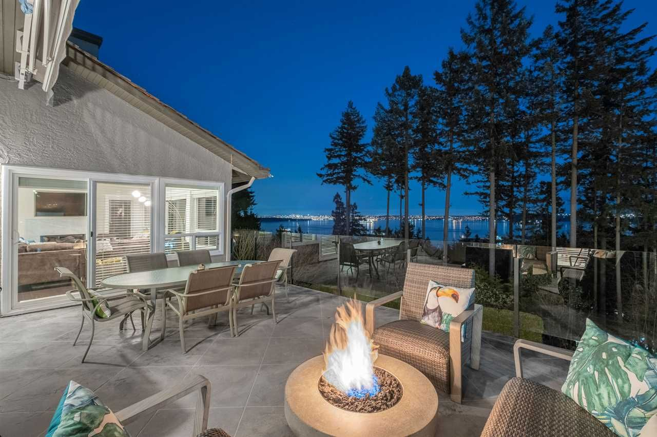 Main Photo: 5064 PINETREE Crescent in West Vancouver: Upper Caulfeild House for sale : MLS®# R2564992