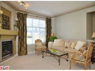 """Photo 5: 9 16760 61ST Avenue in Surrey: Cloverdale BC Townhouse for sale in """"Harvest Landing"""" (Cloverdale)  : MLS®# F1106034"""