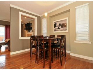 Photo 5: 6646 185A STREET in Surrey: Cloverdale BC House for sale (Cloverdale)  : MLS®# R2034805