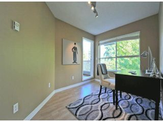 """Photo 12: 312 15272 20TH Avenue in Surrey: King George Corridor Condo for sale in """"Windsor Court"""" (South Surrey White Rock)  : MLS®# F1424168"""