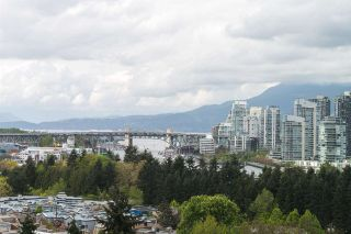 """Photo 12: 1001 728 W 8TH Avenue in Vancouver: Fairview VW Condo for sale in """"700 WEST 8TH"""" (Vancouver West)  : MLS®# R2059033"""